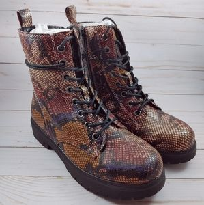 SO Bowfin Combat Boots in Snake